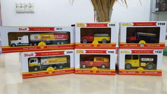 Shell Fuel Tankers Complete Set