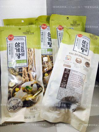 韓國 人蔘雞湯材料包 70g