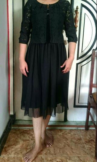 #promosi dress  Mididress hitam