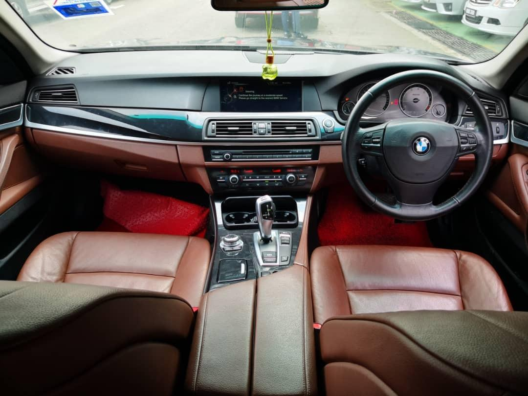 2013TH🚘 BMW 520I F10 2.0AT FACELIFTTWIN TURBO M-SPORT Cash💰OfferPrice💲Rm84,800 Only‼Carking🎉 Lowest Price InJB🎉Call📲 KeongForMore‼🤗