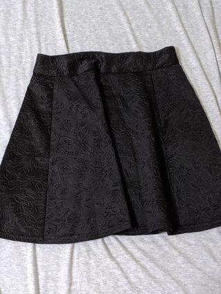 Pull&Bear 黑色印花短裙