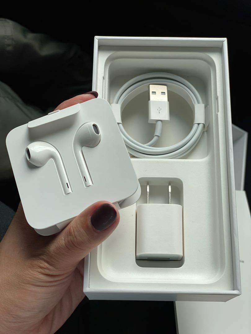現貨 蘋果 Apple iPhone 8 256GB i8 銀 白 9成新 台灣公司貨 女用機 全配 配件可分開購買