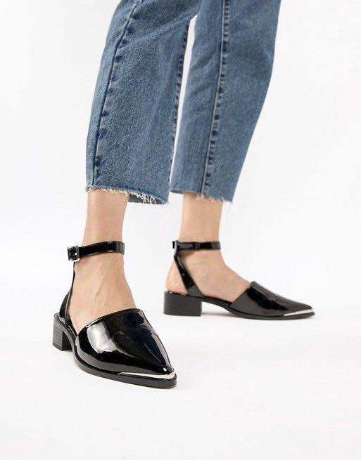 ASOS DESIGN Pointed Flat Shoes Patent Black - Size 6