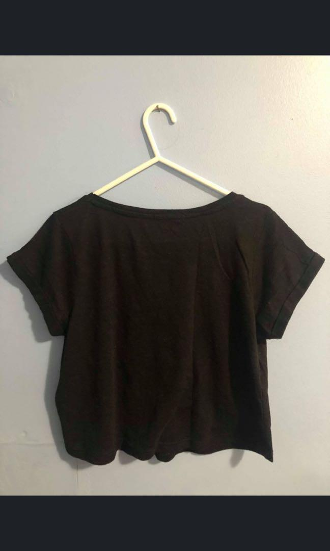 Cotton On v-neck crop tops, available in black and white, size XS