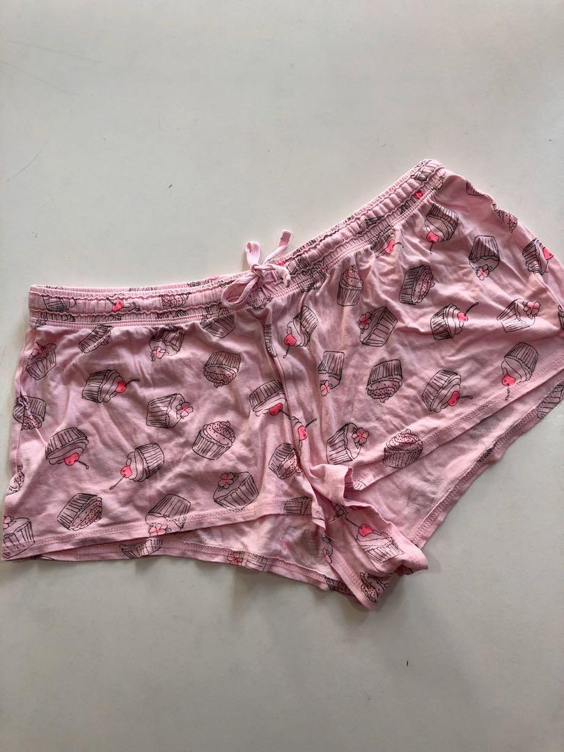 Cupcake print sleep shorts