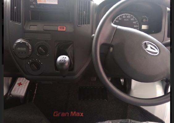 DP MURAN Daihatsu Granmax Minibus mulai 13 jutaan. Daihatsu Pamulang