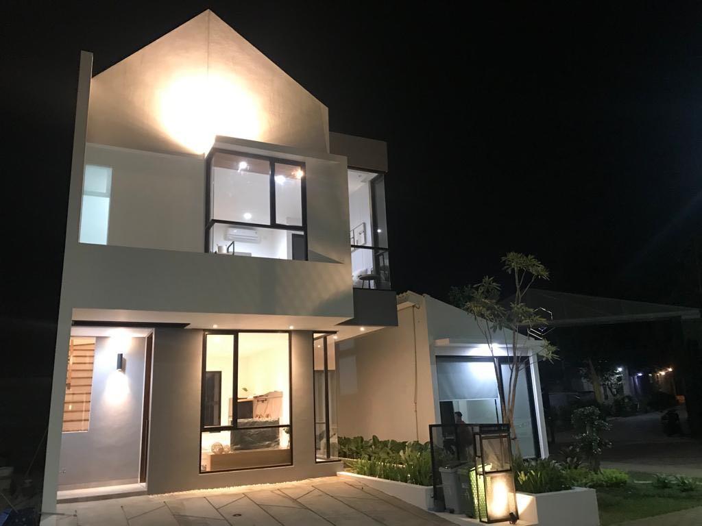 Gyan residence rumah mewah 2 lantai