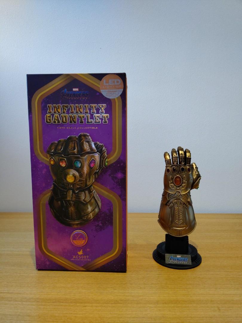 Hot Toys Iron Man Mark 50 & Hall of Fame