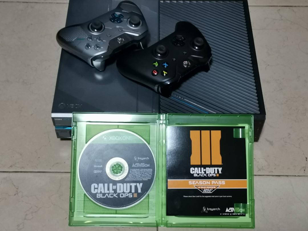 Limited Edition Halo version Xbox One console