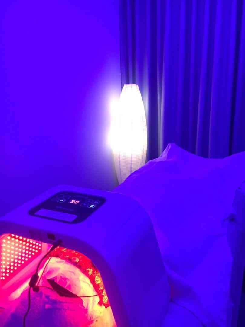New :LED soothing light therapy facial w eye trmt and back massage for ladies only ,located in the heart of Punggol,cctv premises for ladies only