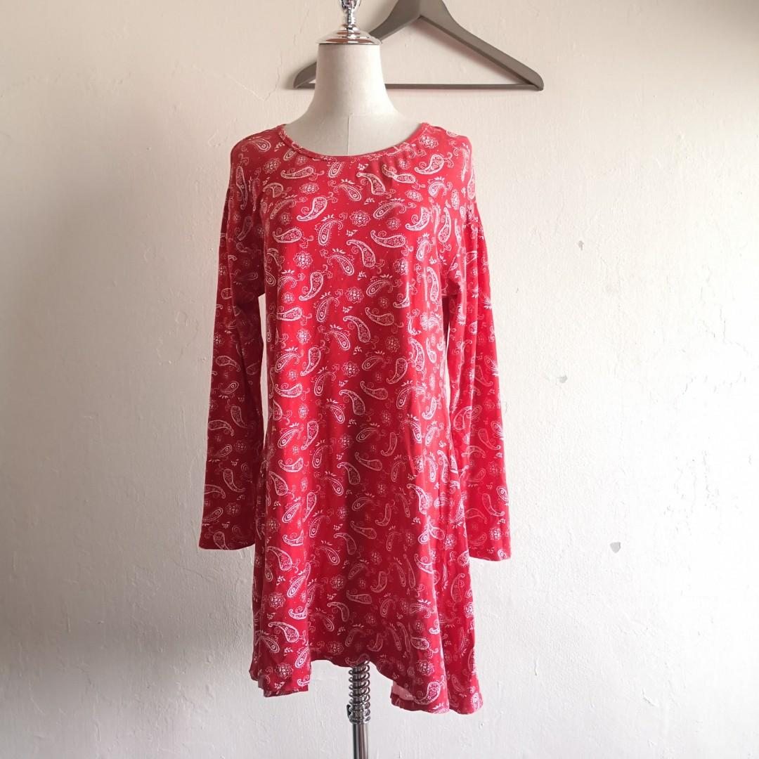 Plus Size Red Floral Long Sleeve Blouse