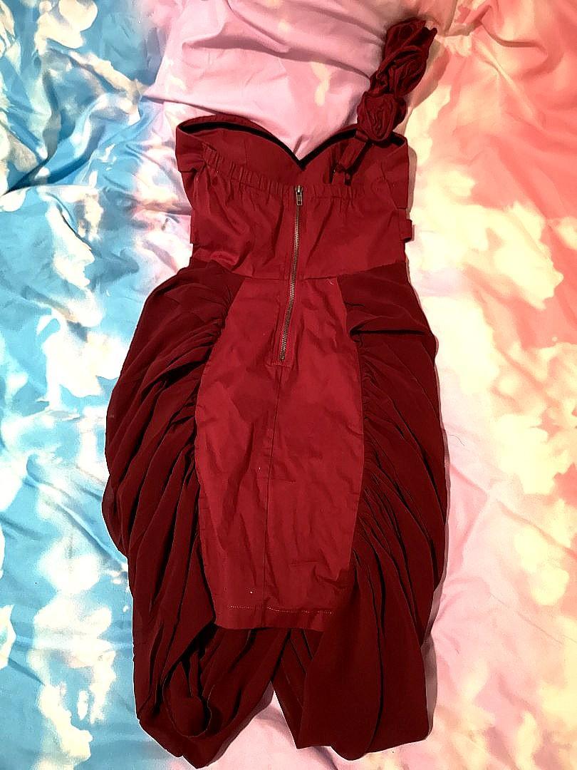 Red Roses Side Shoulder Formal Classy Baroque Dress
