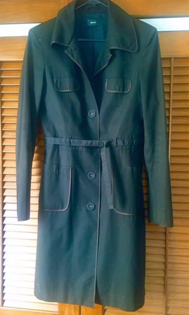Size S light jacket