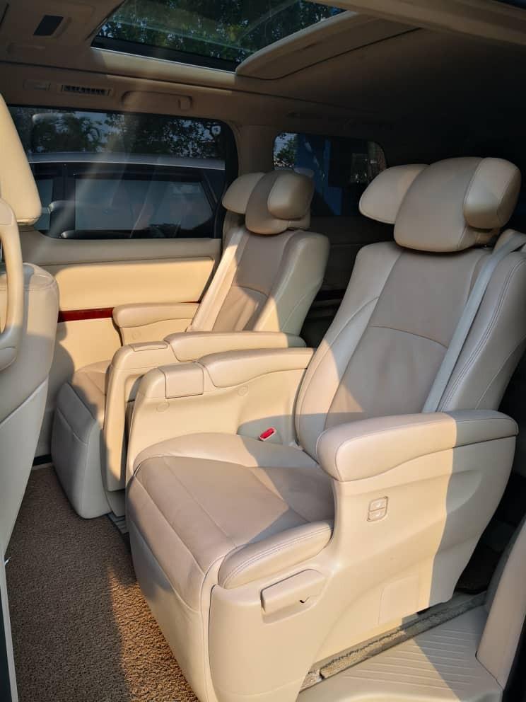 Tip Top Toyota Vellfire 3.5 (A) Luxury MPV Car Rental Selangor KL