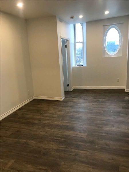 All Inclusive Upper Level Apt 1Bed + 1Bath For Lease!
