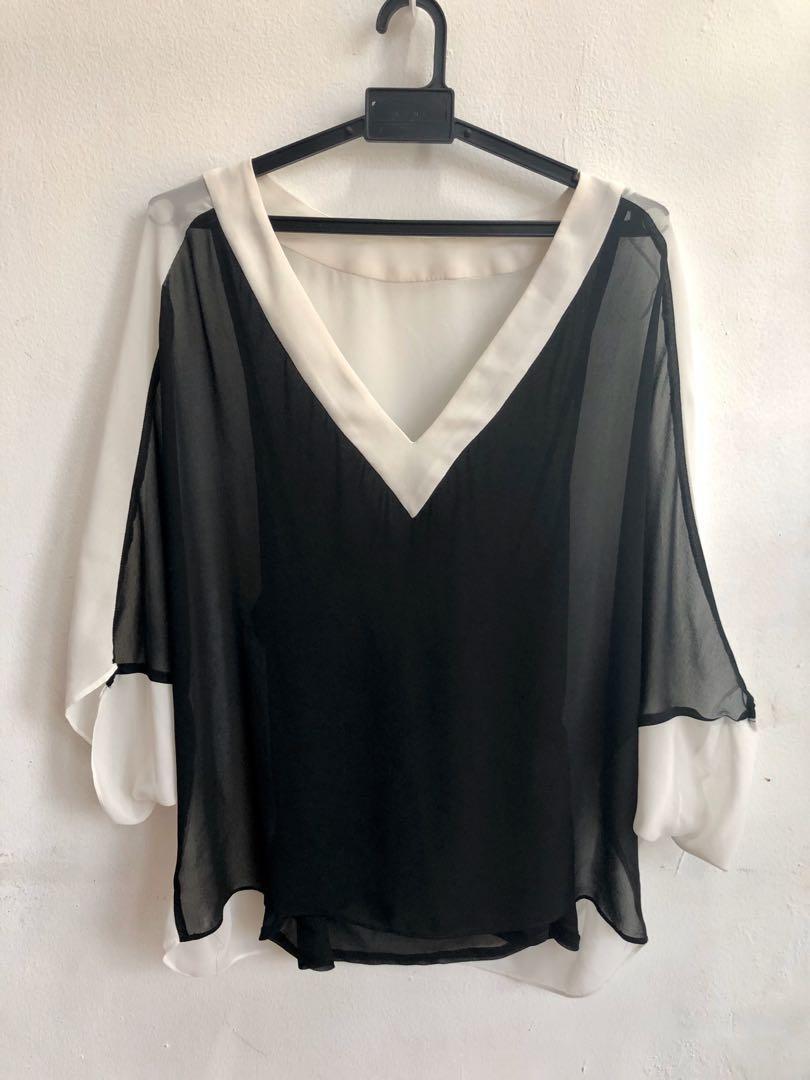 V neck batwing sleeve blouse