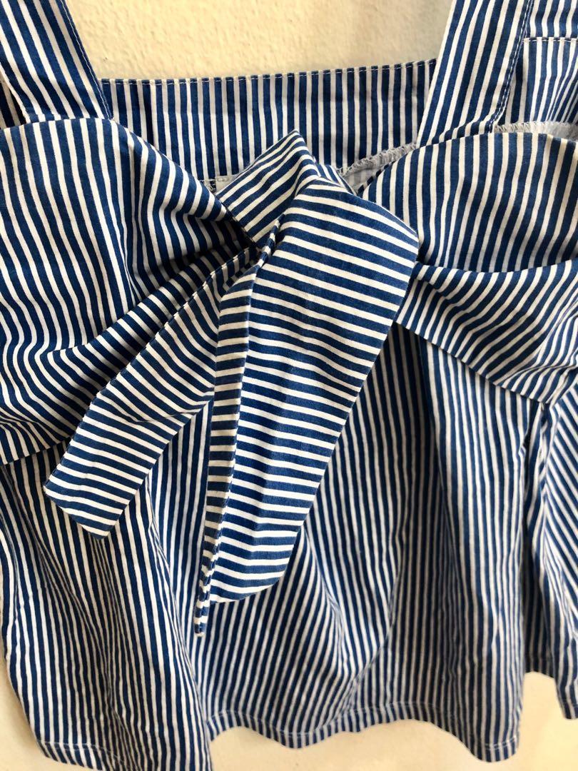 Zara sleeveless front tie ribbon top