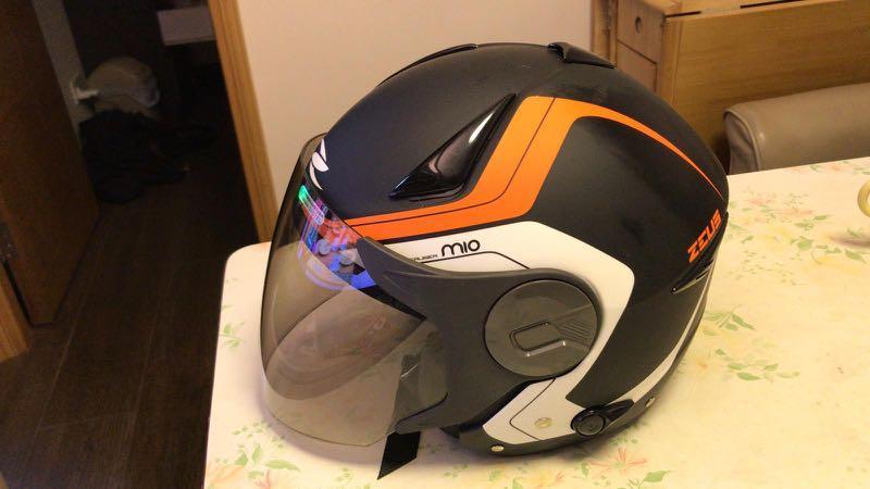 ZEUS頭盔
