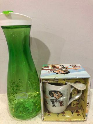 1 plastic jar + 1 mug with spoon