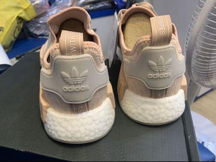 NMD愛迪達運動鞋 男款27.5(全新)