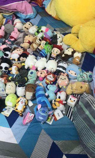 90隻吊飾+兩隻六寸娃娃