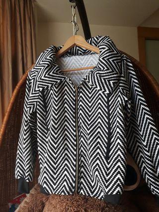 黑白條紋外套