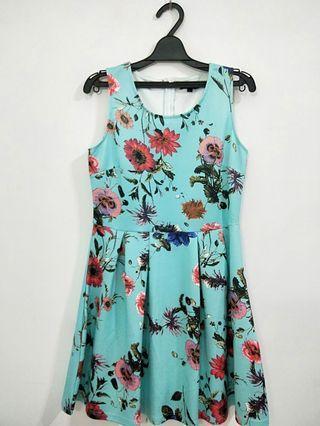 🌺湖水綠花朵洋裝