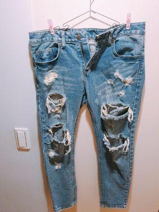 男版破洞牛仔褲