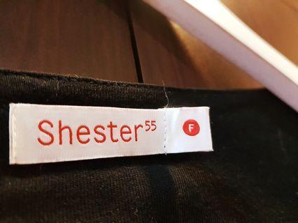 Sheater55 墨黑泡泡袖罩衫