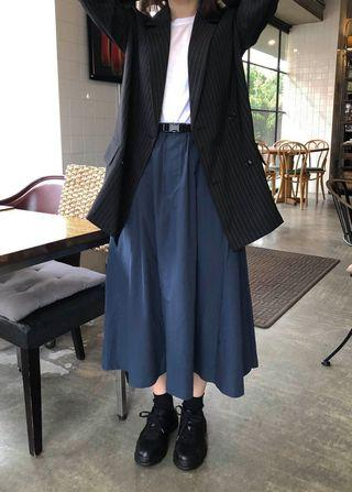 Wuzo 深藍扣帶長裙