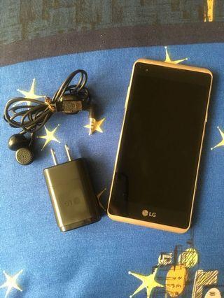 LG 手機 雙SIM卡 (金)