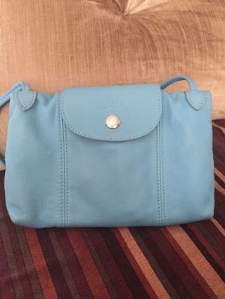 Authentic Longchamp Cuir crossbody / mini bag