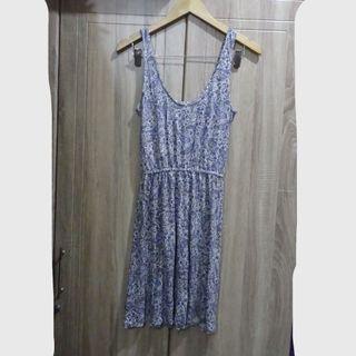 (S) H&M  dress, garter waist, nice in actual,