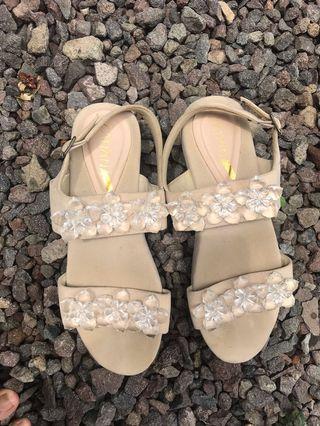 zanana sandal