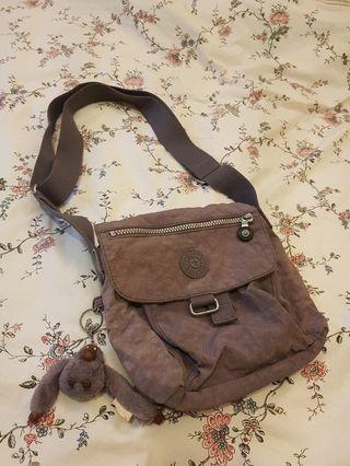 Kipling 紫色側背小包