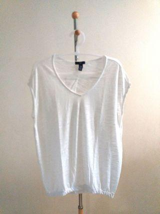 #1111special White Gap Top