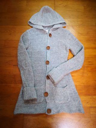 灰針織外套