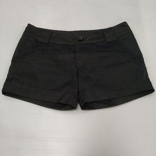 LADIES FASHION CASUAL WEAR COTTON Black Laced COLOR SHORT PANTS