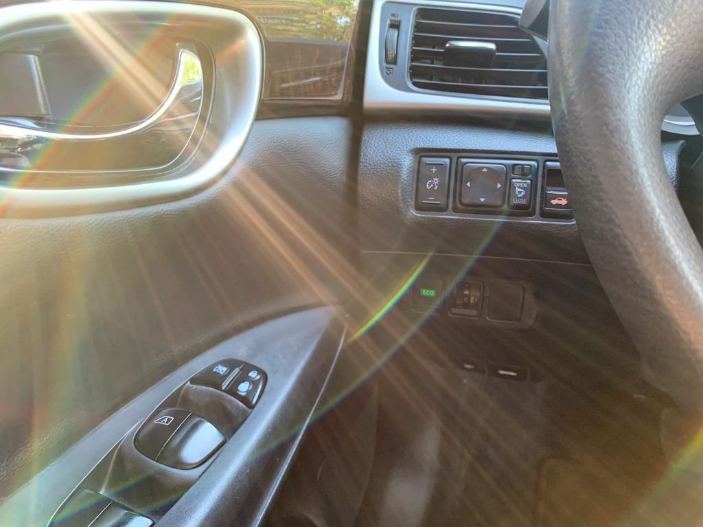 正2014年 Nissan SuperSentra 1.8 頂級免鑰匙版 黑鐵灰色