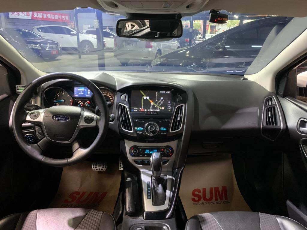 2015年 Ford Focus 2.0TDCI 眼白白