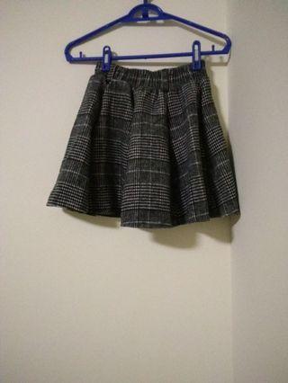 全新厚格紋褲裙(冬天款)