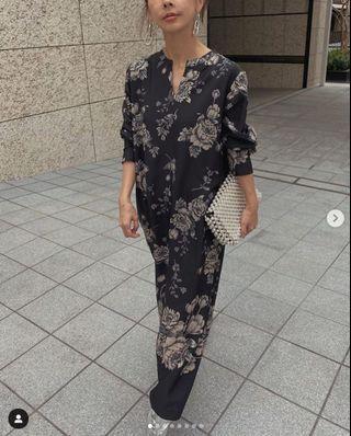 (🇯🇵日本代購)日幣¥13,000円【AMERI】代官山知名品牌夢幻逸品復古優雅花朵黑洋裝