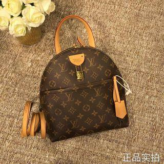 Pre-Orders Only 💐 Lv Backpack / Boutique Quality