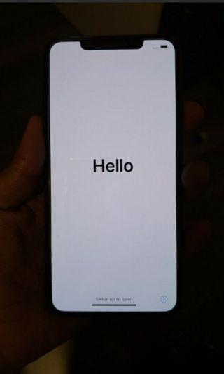 Iphone xs max 512gb space gray MY set. Brand new condition.