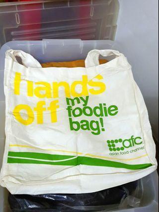 AFC sling bag