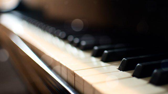 Affordable Piano & Music Theory Lessons