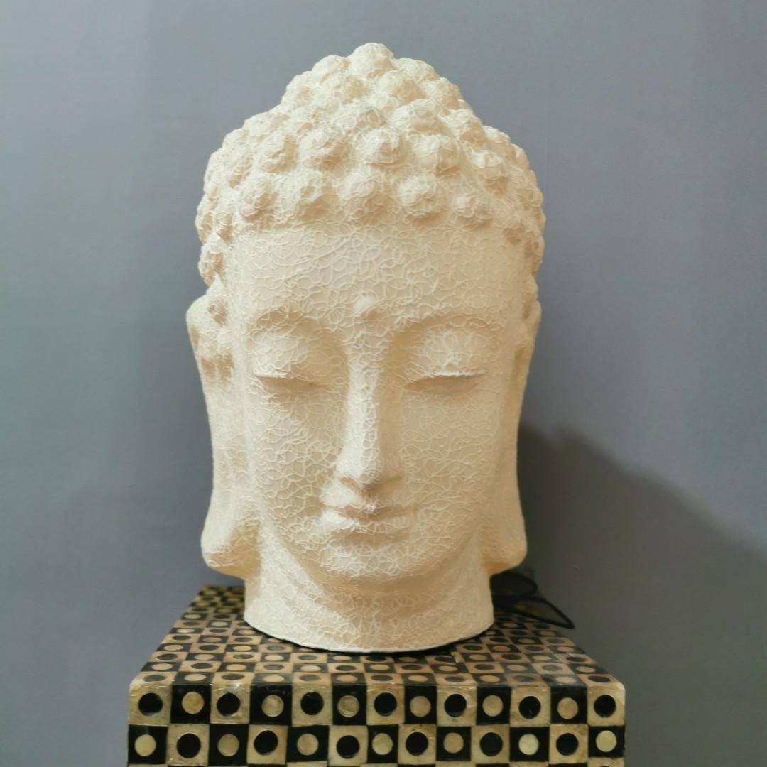Buddha Statue Deco