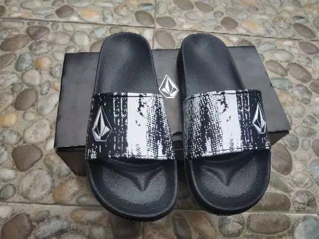 Volcom slip on sandal sendal slippers