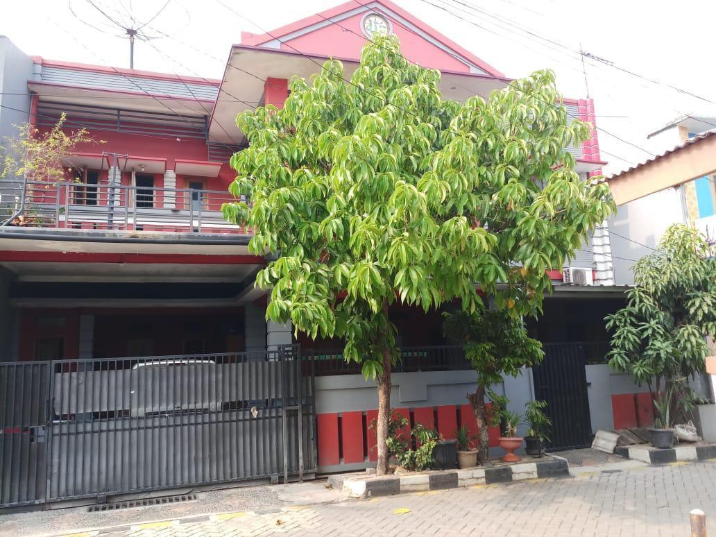 Dijual Rumah kokoh 2 lantai siap huni dicikunir Bekasi