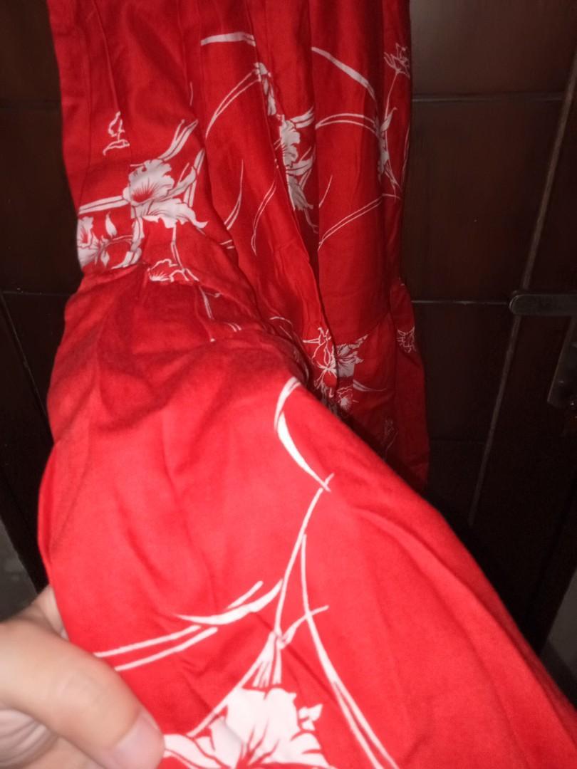 Dress pantai merah